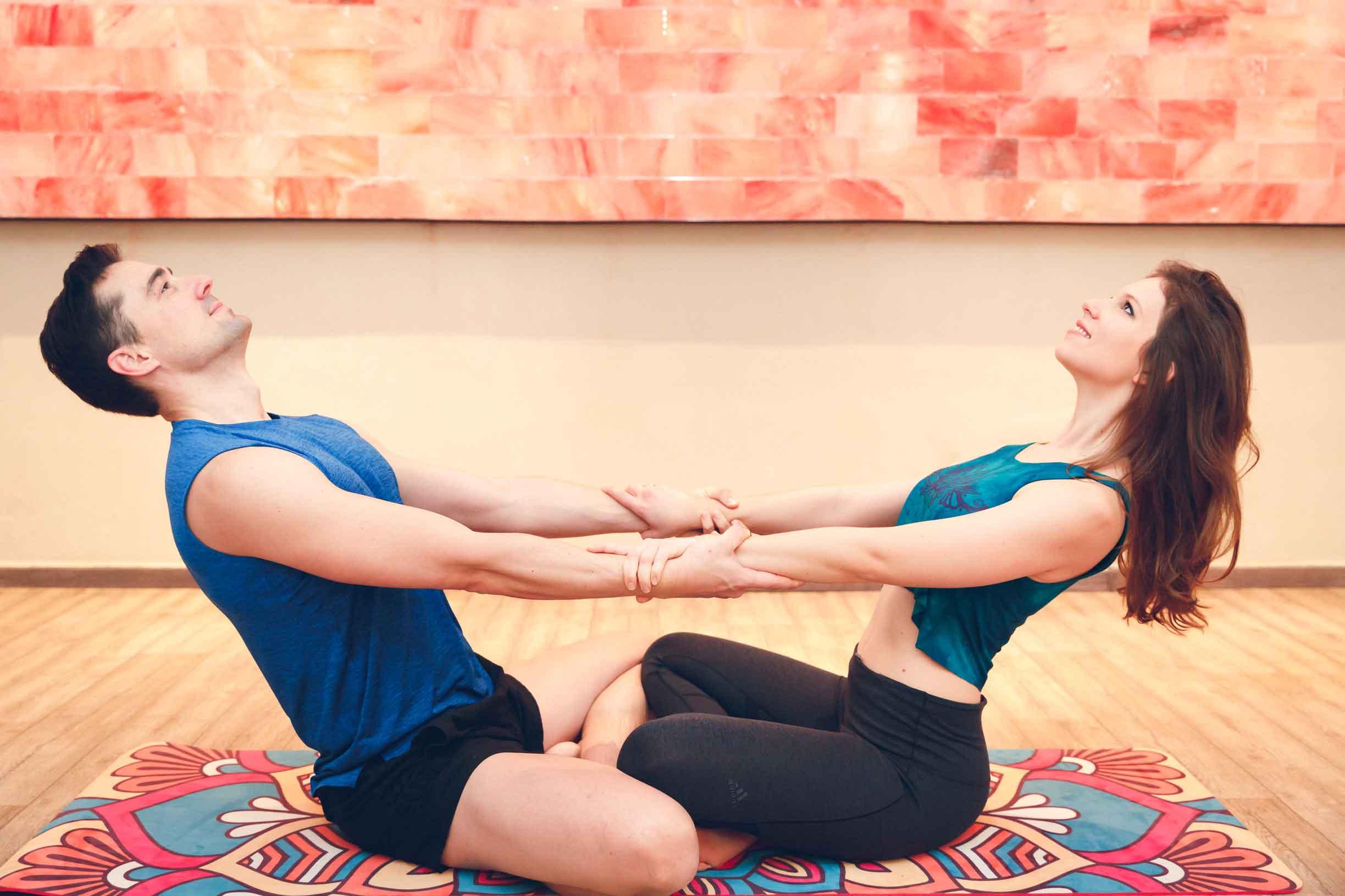 Sportliches Paarshooting im Yogastudio Schwabach IMG 6675w