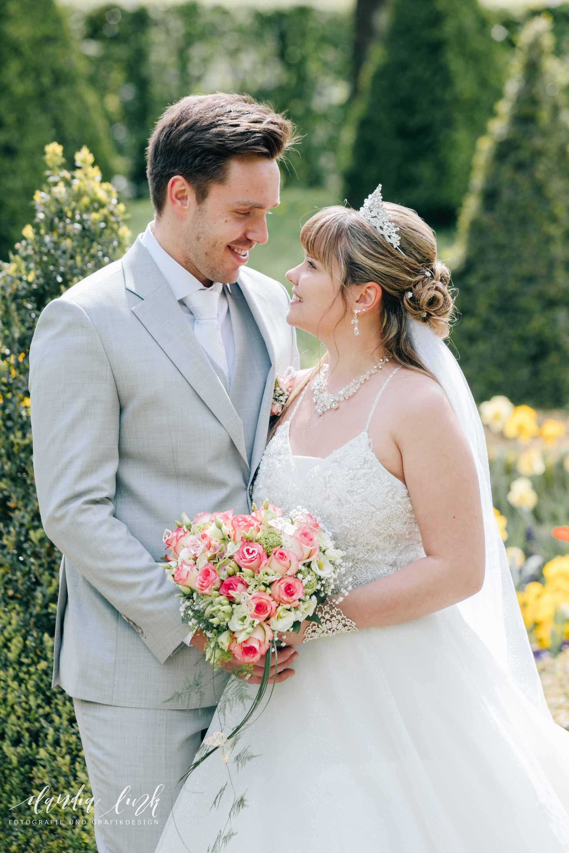 Kirchliche Hochzeit in Corona-Zeiten im fränkischen Burgkunstadt IMG 0532w
