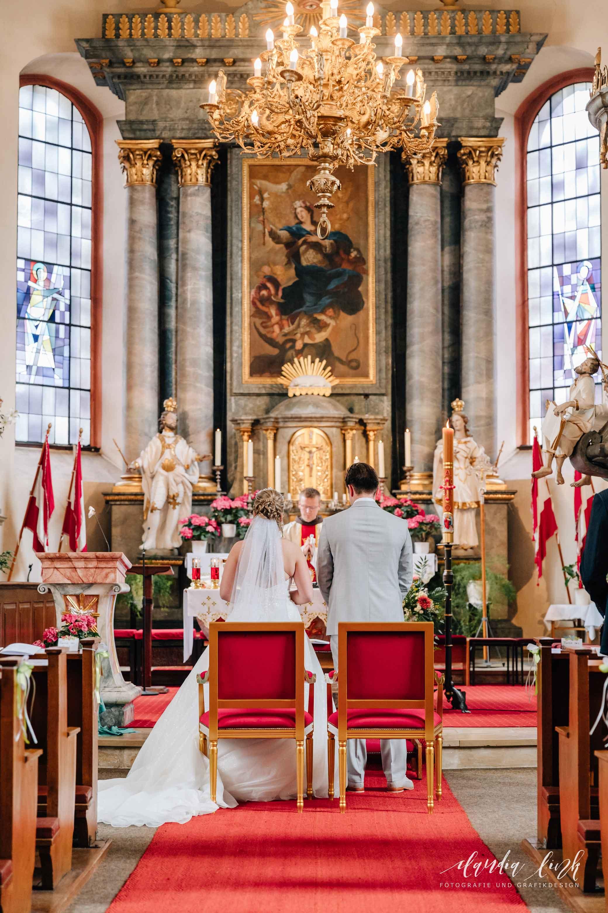 Kirchliche Hochzeit in Corona-Zeiten im fränkischen Burgkunstadt IMG 9783w