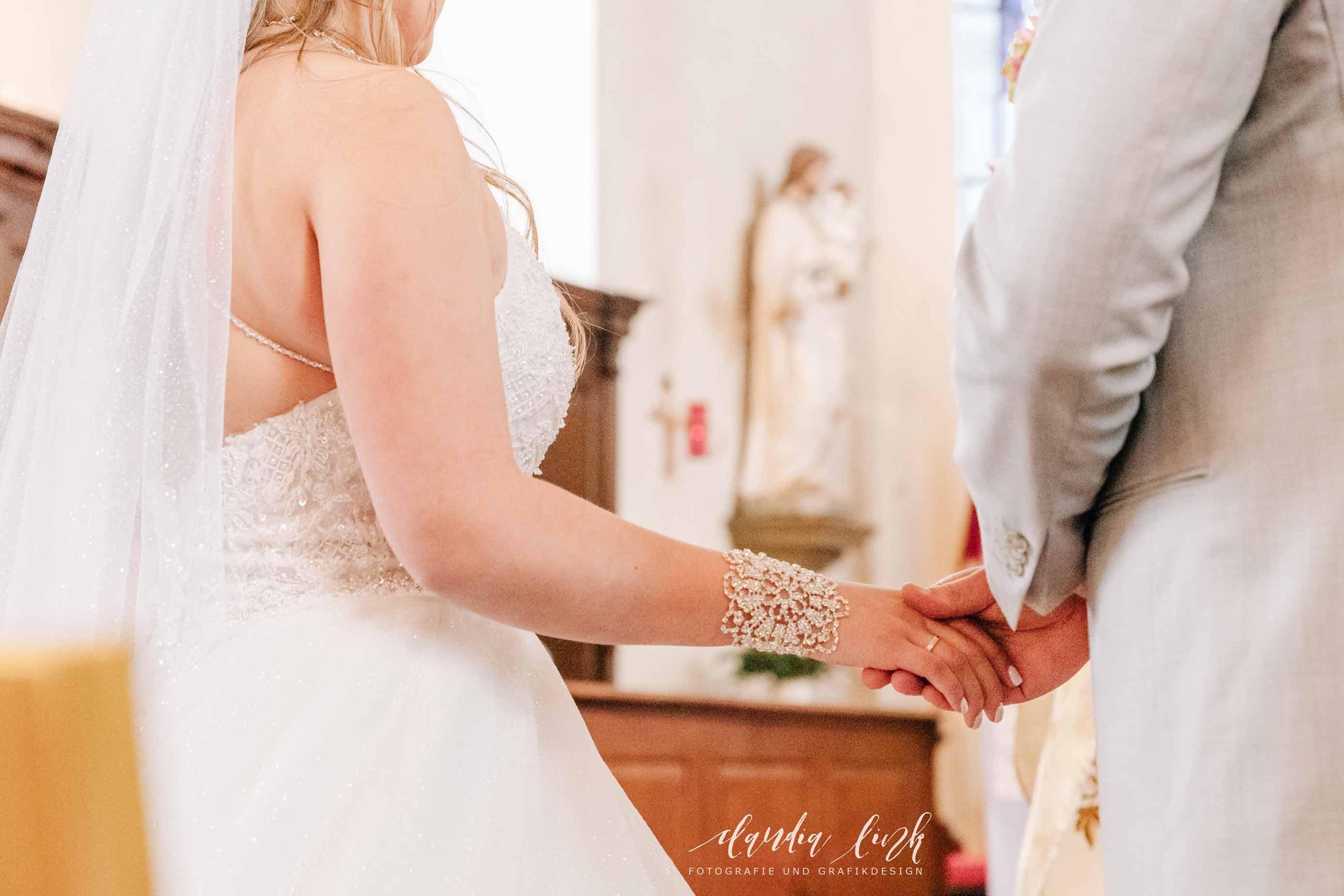 Kirchliche Hochzeit in Corona-Zeiten im fränkischen Burgkunstadt IMG 9874w