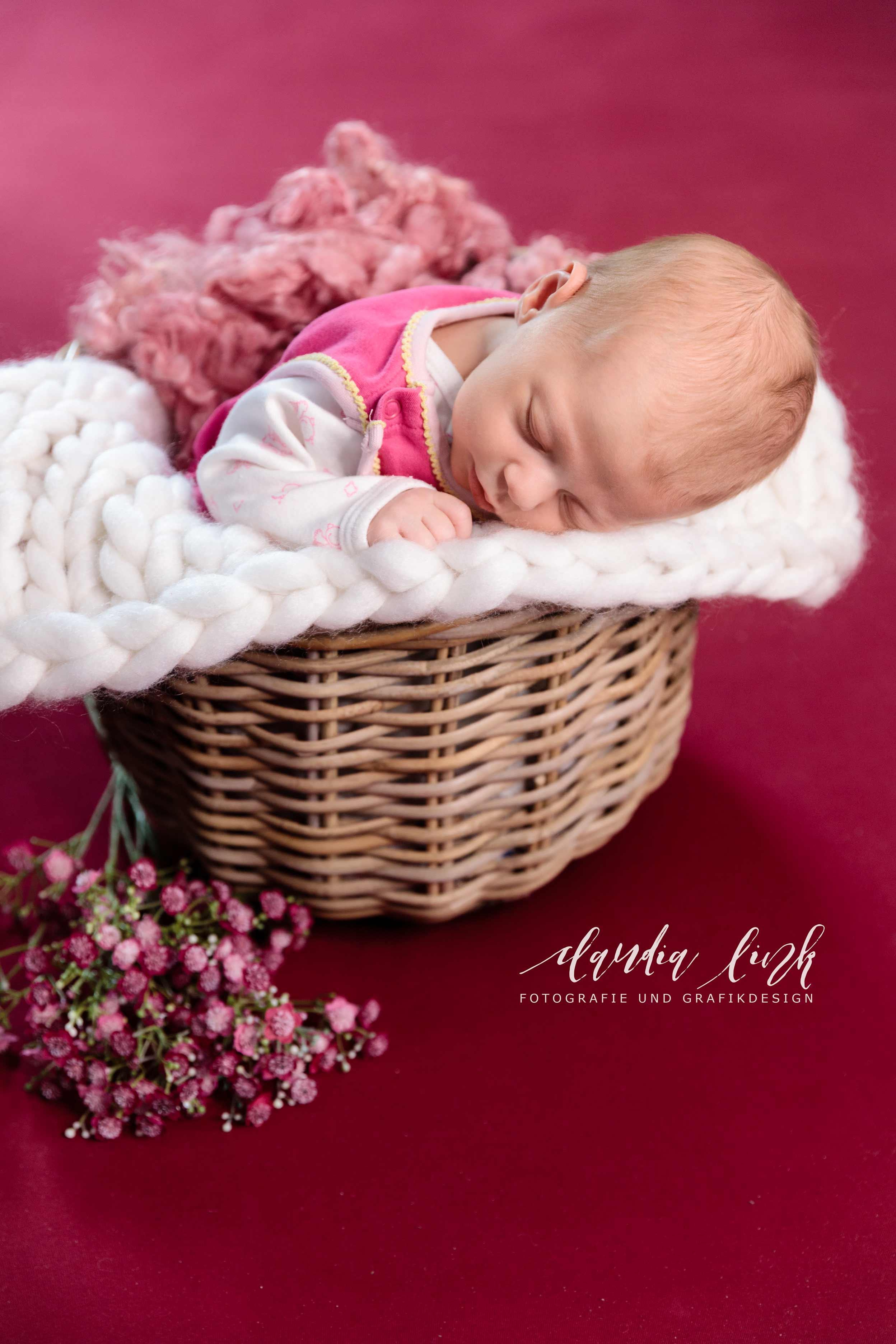 Newbornshooting in verträumten Farben IMG 8371w