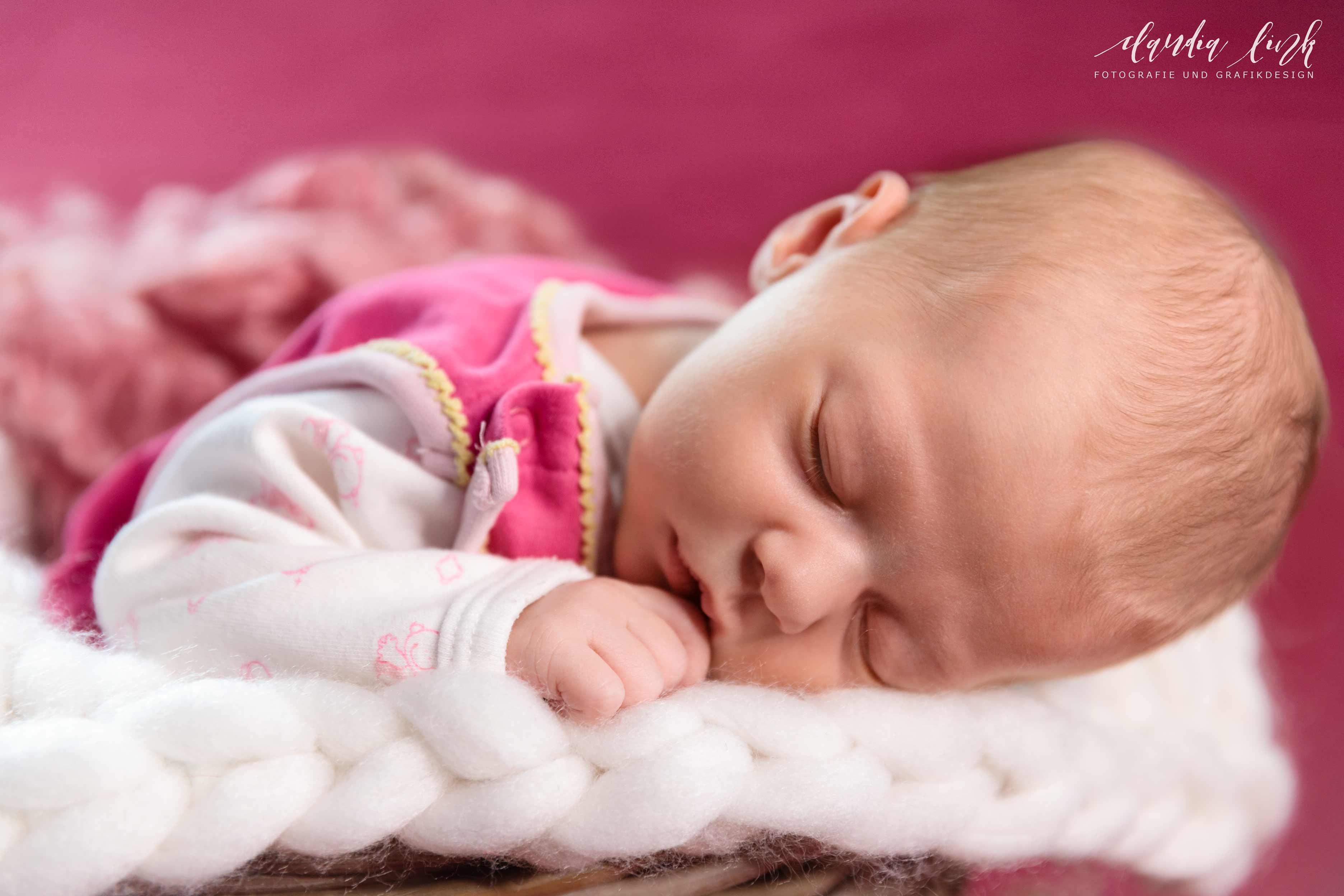 Newbornshooting in verträumten Farben IMG 8390w