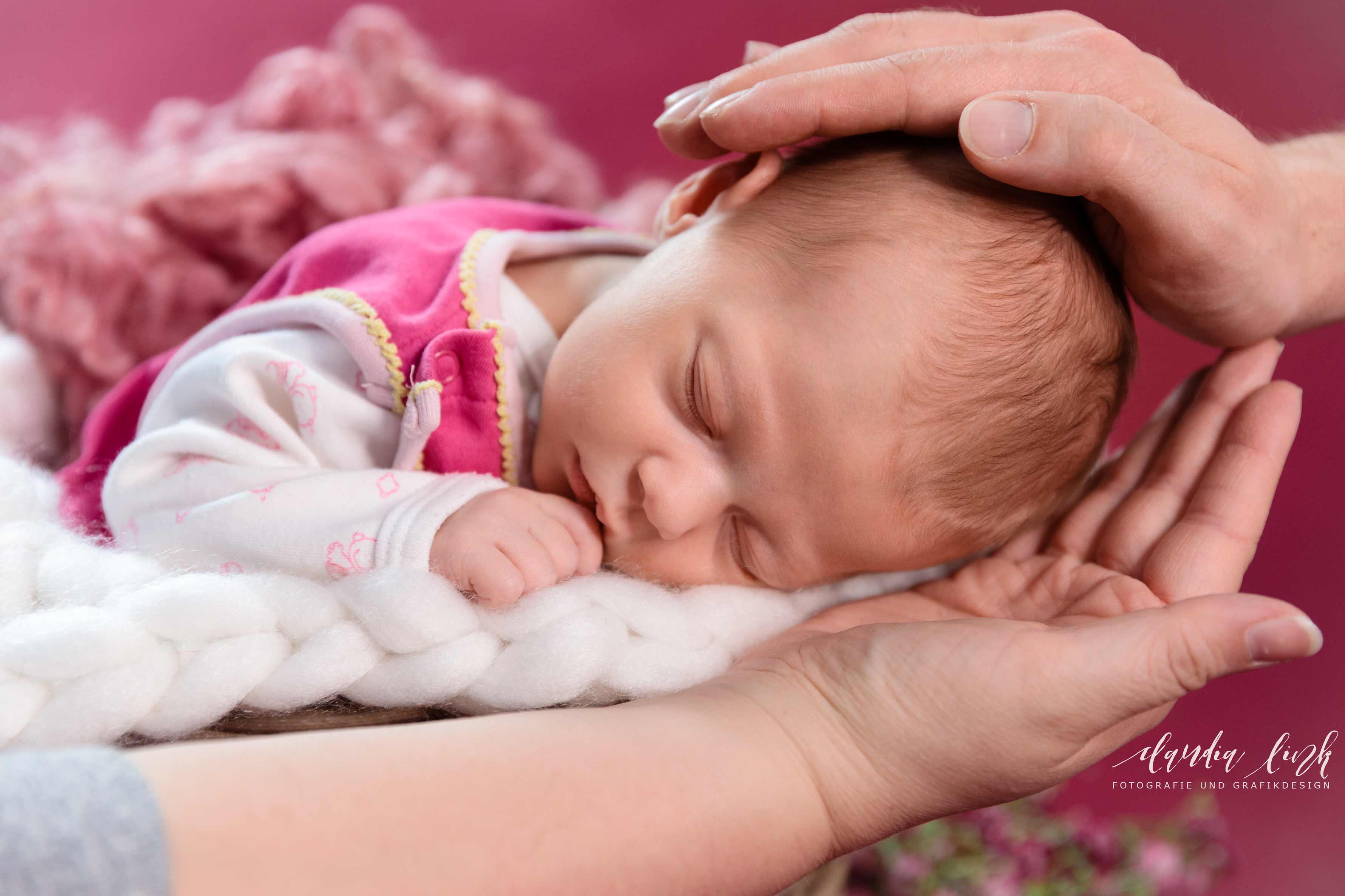 Newbornshooting in verträumten Farben IMG 8391w
