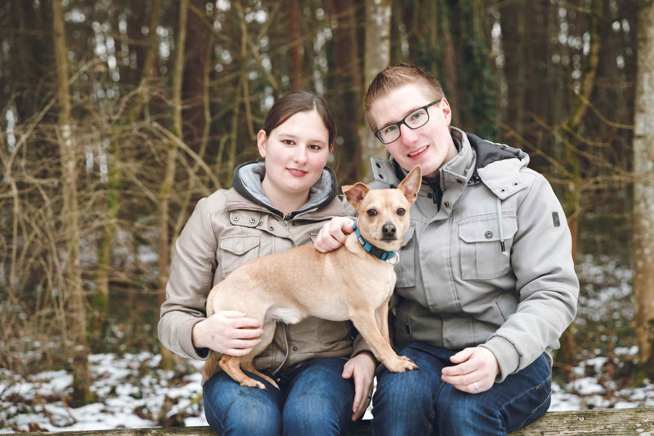 Kurzweiliges Paarshooting am Rothsee mit Hund Lucky IMG 8077w