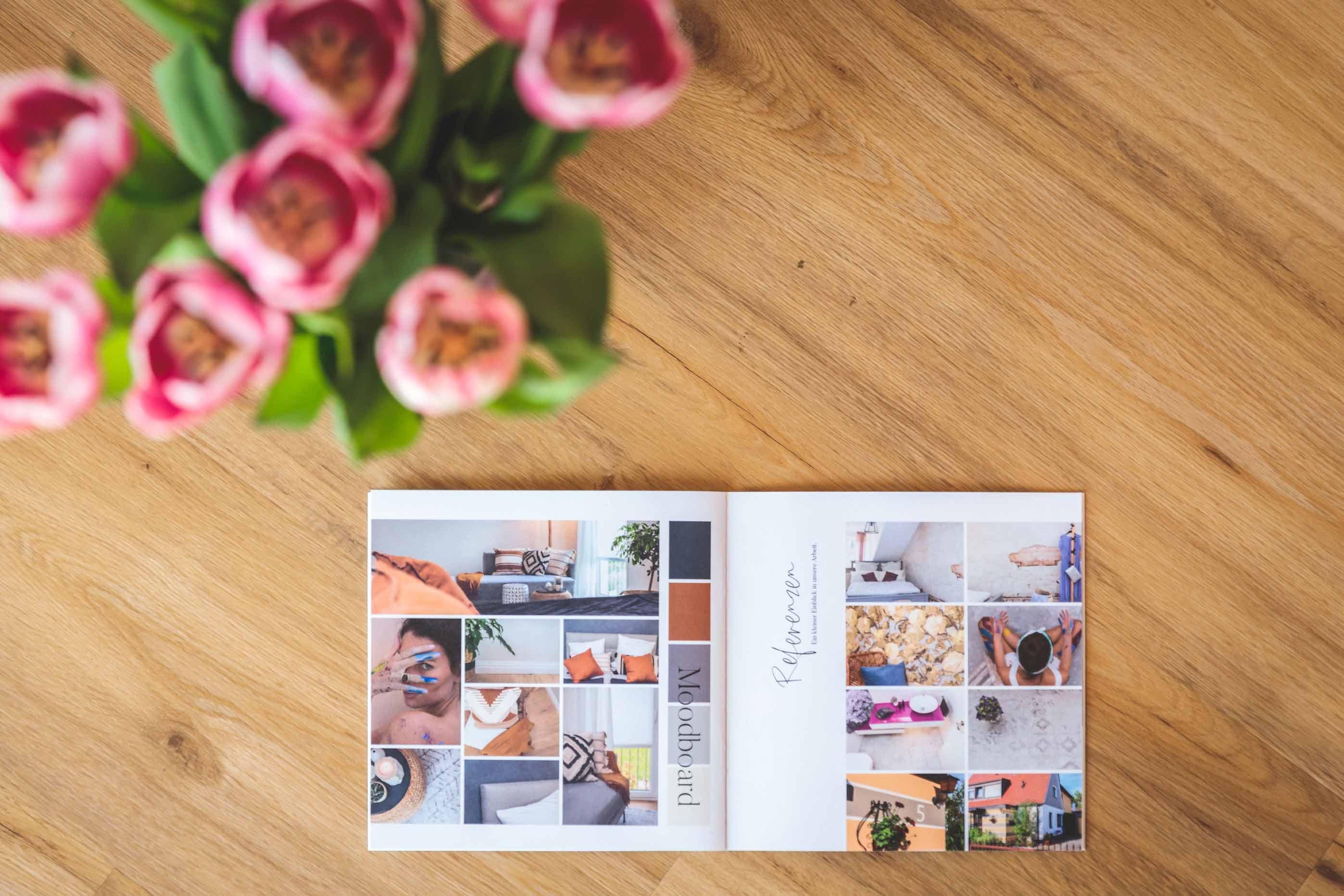 Unternehmensbroschüre in farbenfrohem Design IMG 0399w